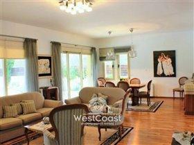 Image No.2-Villa de 4 chambres à vendre à Polemi