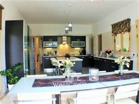 Image No.5-Villa de 4 chambres à vendre à Polemi