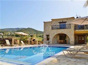 Image No.0-Villa de 4 chambres à vendre à Argaka
