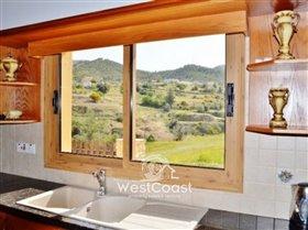 Image No.4-Villa de 4 chambres à vendre à Argaka