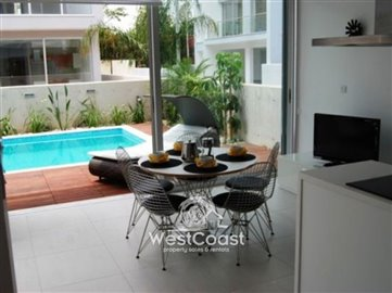 25271-3-bedroom-villa-sea-frontfull