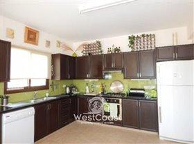 Image No.6-Villa de 3 chambres à vendre à Letymvou