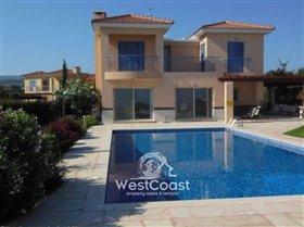Image No.0-Villa de 3 chambres à vendre à Lachi