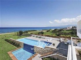 Image No.0-Villa de 5 chambres à vendre à Lachi