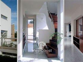 Image No.7-Villa de 5 chambres à vendre à Lachi