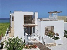 Image No.3-Villa de 5 chambres à vendre à Lachi