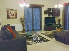 Image No.3-Villa de 5 chambres à vendre à Tsada