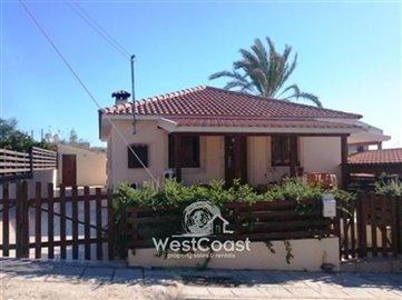 37536-for-sale-2-bungalows-of-2-bedrroms-each