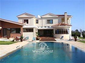 Image No.0-Villa de 5 chambres à vendre à Emba