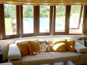 Image No.9-Villa de 5 chambres à vendre à Emba