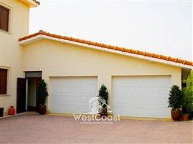 Image No.6-Villa de 5 chambres à vendre à Emba