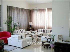 Image No.8-Villa de 5 chambres à vendre à Emba