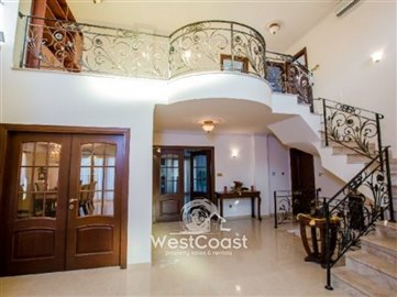 43961-luxury-house-in-letymboufull