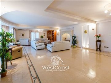 43962-luxury-house-in-letymboufull