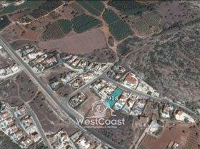 Image No.0-Terrain de 4 chambres à vendre à Paphos