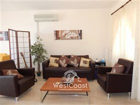 Image No.1-Maison de ville de 2 chambres à vendre à Peyia