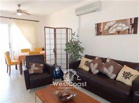 Image No.5-Maison de ville de 2 chambres à vendre à Peyia