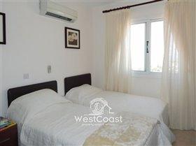 Image No.7-Maison de ville de 2 chambres à vendre à Peyia