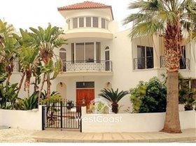 Image No.0-Villa de 5 chambres à vendre à Universal