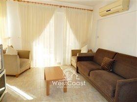 Image No.3-Appartement de 2 chambres à vendre à Chloraka