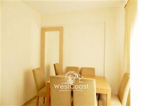 Image No.4-Appartement de 2 chambres à vendre à Chloraka