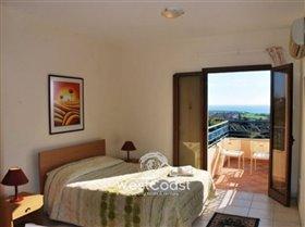 Image No.5-Villa de 5 chambres à vendre à Coral Bay