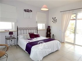 Image No.8-5 Bed Villa for sale