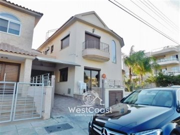 53694-4-bedroom-semi-detached-house-in-agios-