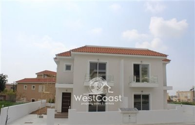 81686-town-house-for-sale-in-yeroskipoufull