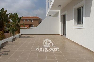 81693-town-house-for-sale-in-yeroskipoufull