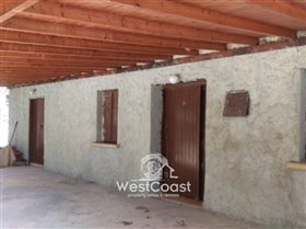 Image No.2-Terrain de 1 chambre à vendre à Marathounda