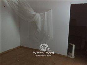 Image No.6-Terrain de 1 chambre à vendre à Marathounda