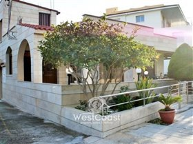 Image No.1-4 Bed Bungalow for sale