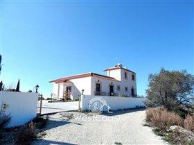 Image No.0-Villa de 4 chambres à vendre à Kholi