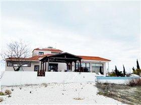 Image No.1-Villa de 4 chambres à vendre à Kholi