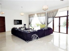 Image No.4-Villa de 4 chambres à vendre à Kholi
