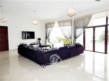 60330-smart-4-bedroom-house-in-koilifull