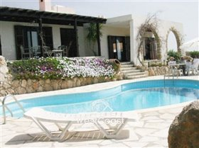 Image No.0-Bungalow de 5 chambres à vendre à Tala