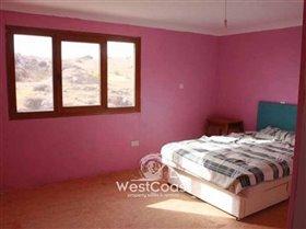 Image No.3-Villa de 5 chambres à vendre à Anarita