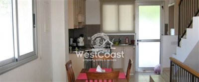 68057-town-house-for-sale-in-choletriafull