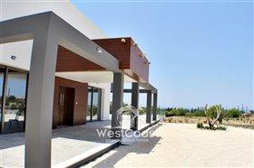 Image No.0-Villa de 6 chambres à vendre à Coral Bay