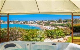 Image No.2-Villa de 8 chambres à vendre à Coral Bay