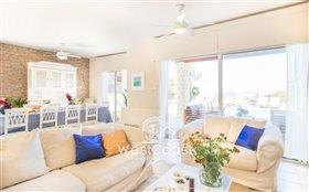 Image No.5-Villa de 8 chambres à vendre à Coral Bay