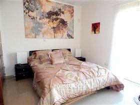 Image No.8-Commercial de 3 chambres à vendre à Peyia