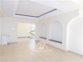 Image No.8-Villa de 4 chambres à vendre à Paphos