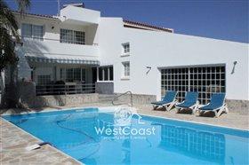 Image No.0-Villa de 5 chambres à vendre à Kato Paphos