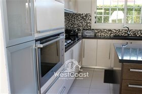 Image No.9-Villa de 5 chambres à vendre à Kato Paphos