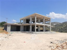 Image No.2-Villa de 4 chambres à vendre à Akoursos