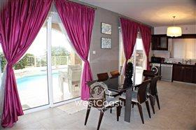 Image No.3-Villa de 3 chambres à vendre à Emba