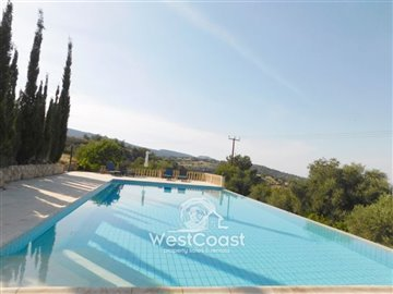 83992-bungalow-for-sale-in-neo-choriofull